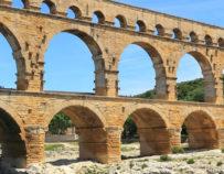 Excursion à Uzès, au Pont du Gard et Avignon