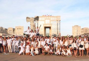 EasyFrench white party