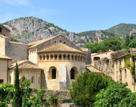 "Excursion to ""Saint-Guilhem-le-Desert"" and the ""Grotte Clamouse"" (underground cave)"