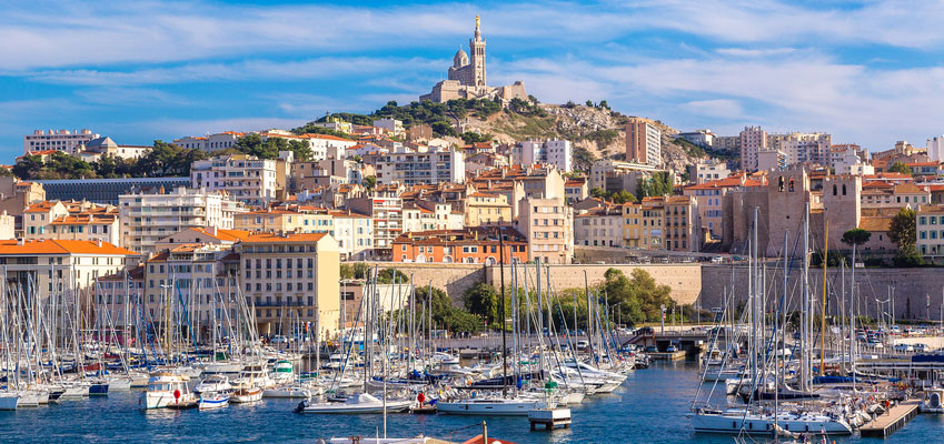 Why Learn French in Montpellier? Incredible Location for Weekend Trips