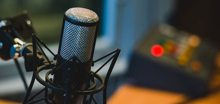 A Set of Great Podcasts to Extend Your French Immersion